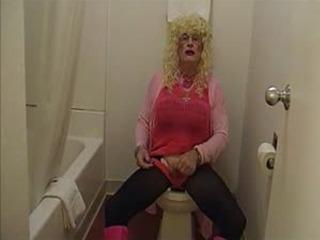 Tammy fellatrix in wet down the ho