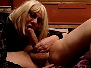 Kimmy Sucks a Fat Cock