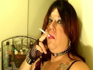 Shanna Silver Smoking Hot