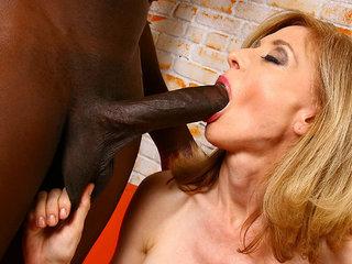 Masive black meat for Nina Hartley