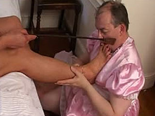 Male Slave Gets What He Deserves By Sexy Tranny Mistress