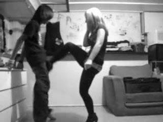 Brutal Knees & Kicks By Teen Girlfriend (Black & White Camera) - Katkatbbsaverz (PLEASE COMMENT!!)
