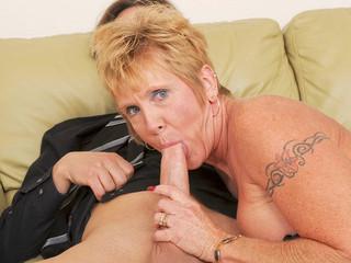 Bigtit granny takes hard pounding