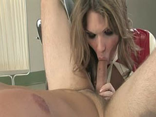 TS Seduction: Kelly Shore And Lee Stanton