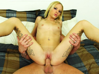 Hot blond Faye Runaway gets her wet pussy penetrated and cum filled