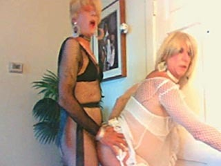 sissy bitch wendy jane fucks cyndees ass