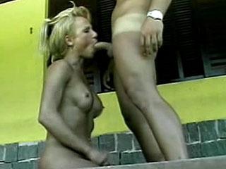 Shemale Nikki Slurps Dick