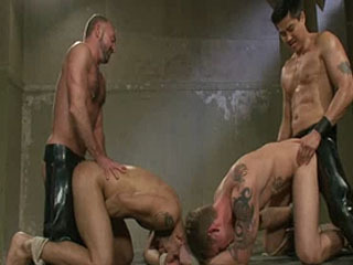 Trent Diesel, Leo Forte and a giant cock!