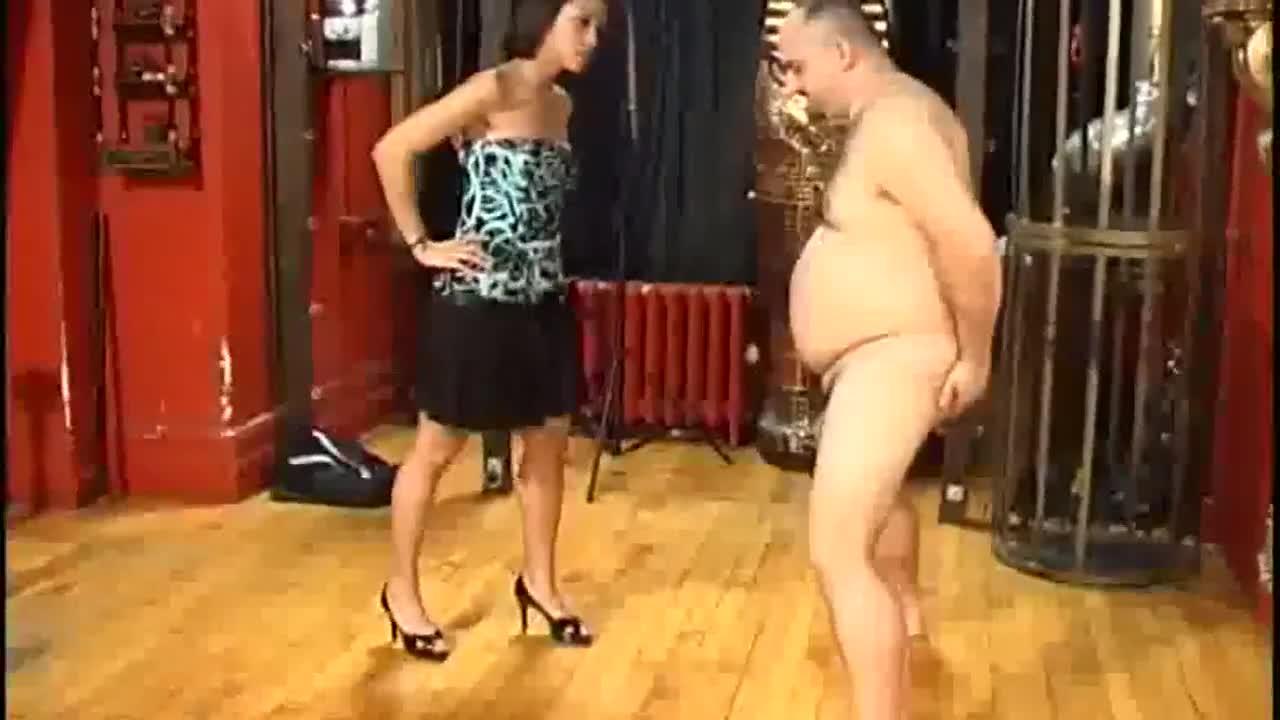 Hypnotizing strip woman