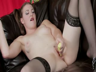Teen uses a yellow dildo for an instant orgasm