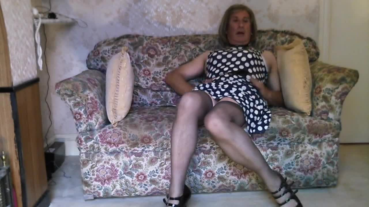 johanna and sofa watch free crossdresser videos movies