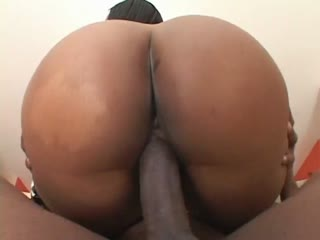 Bootylicious ebony babe Ahnyjah works over a huge cock until it explodes on her fat ass