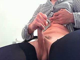 Mandy cums on cam