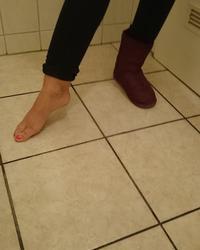 Chiara K. Feet