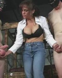 Photos Ballbusting