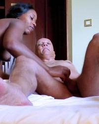 Pornstar Ana Loxx interacial blowjob action