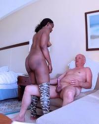 Porn Shooting Interracial - behind the Scenes