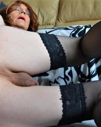 Mature cd dildo play