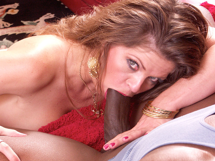 That BBC cant fit in her mouth