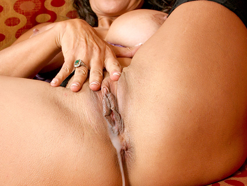 Tight pussy filled with cum