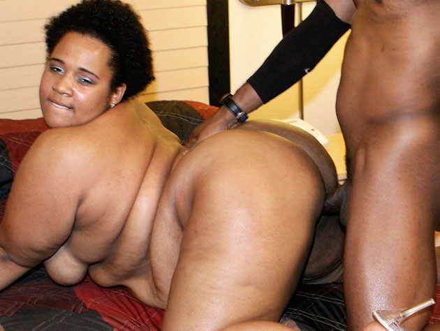Massive Black Pussy Getting Worked