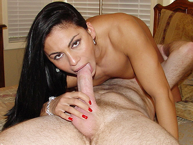 Latina nympho wants to get laid!
