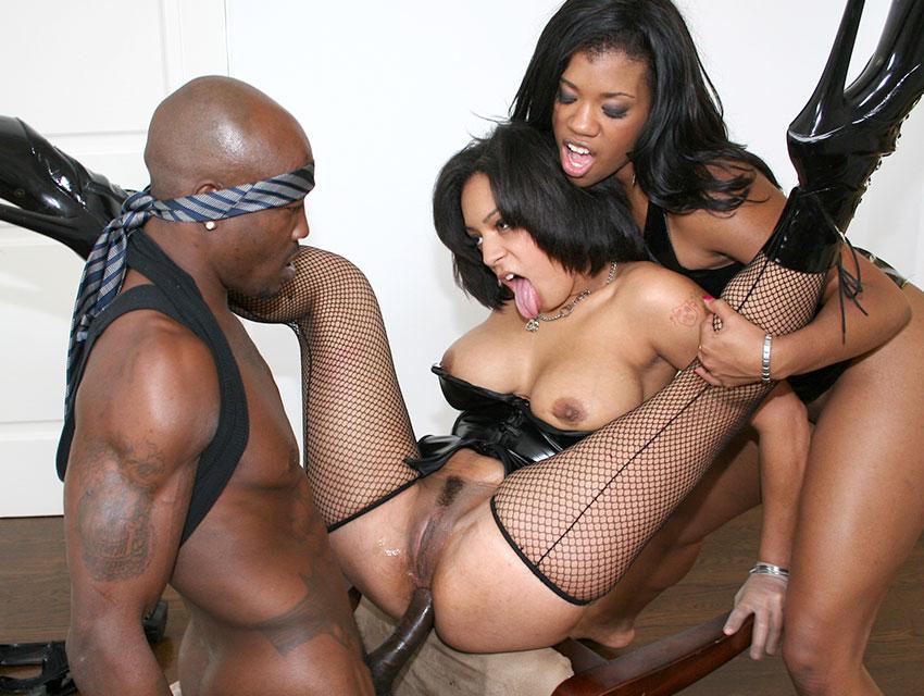 Black anal threesome