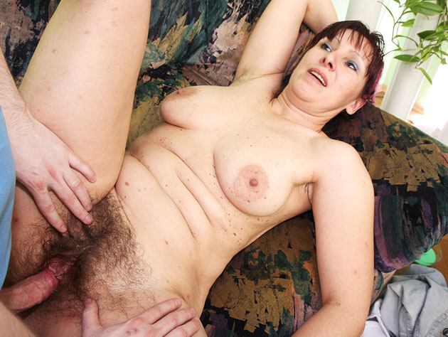 Hairy Pussy Granny In Action