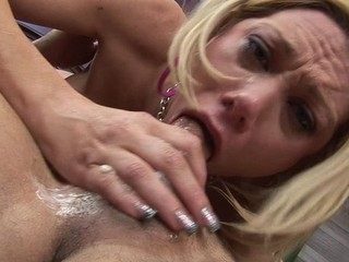 Samantha Loves Face Fucking