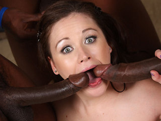 Sindee Jennings is a squirter