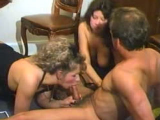 Horny threesome on a floor