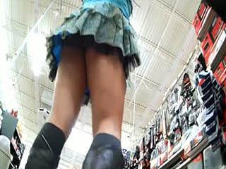 Ass Tease Tijdens Het Winkelen