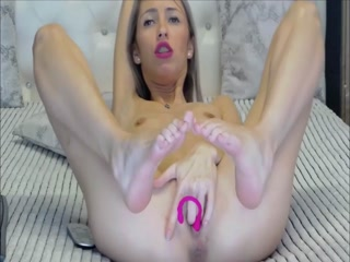 Skinny MILF Shows Her Cute Little Feet While Masturbating