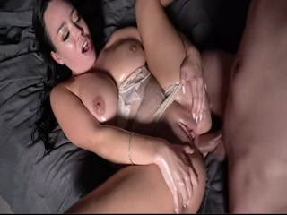 Hot MILF Gets Hard Dick Jammed In The Butt