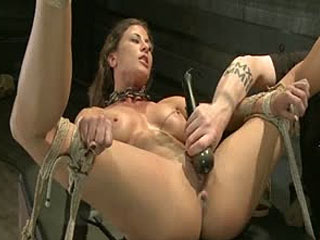 Lesbische Slave Training Ariel X: Featured Trainer-Aiden Starr