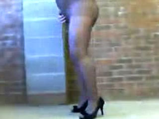CD In Pantyhose Masturbating