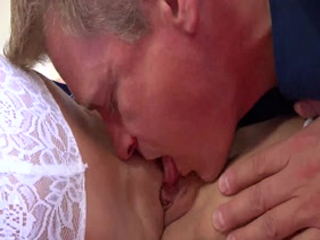Beau Diamond Loves Pussy Licking