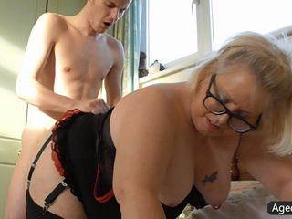 Debtor And BBW Mature Doing It Hardcore
