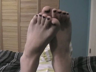 Cutie Jessica Shows Off Her Sexy Feet And Painted Toes