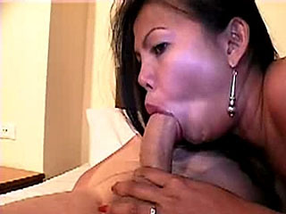 Sai Tai Tiger loves big white cock