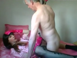 Cute Crossdresser Bouncing Hard On The Dick