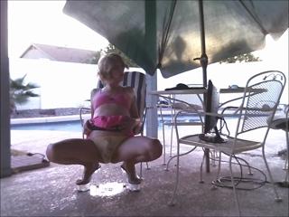 Kelly Pees Outside