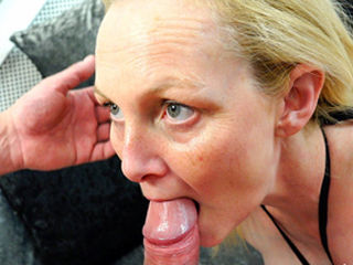 Mature Pays For Insurance With Her Hot Body