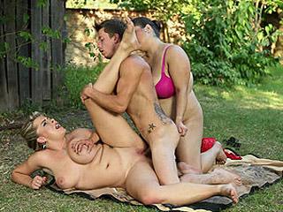 BBW Femdom With Lena & Leny