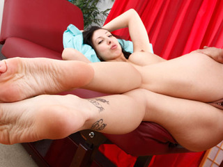 Esperanza Diaz Gets Her Feet Worshipped And Fucked