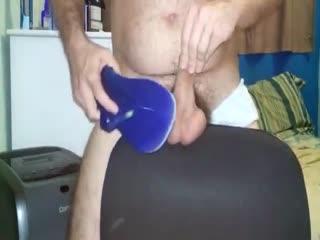Cuckold Daniel Imbecil Ballbusting