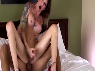 Sexy And Horny Tranny Wants Fat Dick Inside Her Ass