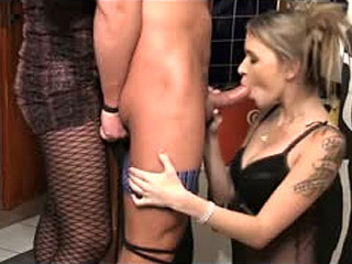 Threesome Sex With Bartender