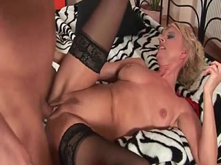 Kinky Blonde Cougar Wants Rough Sex