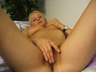 Amateur Convinced To Masturbate In Front Of The Camera
